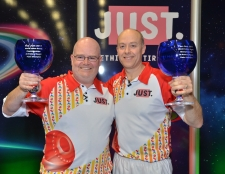 Greenslade & Gillett win World Indoor Pairs Crown